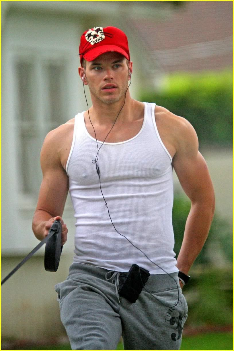 kellan-lutz-gray-guy-03.jpg