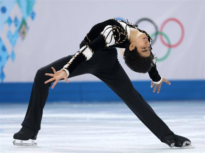 #MichaelMartinez Trending on Facebook - Qualifies for Figure Skating Finals #Sochi2014 (REPLAY VIDEO)